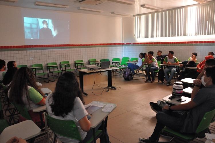 Projeto abre inscrições para sessões de cinema